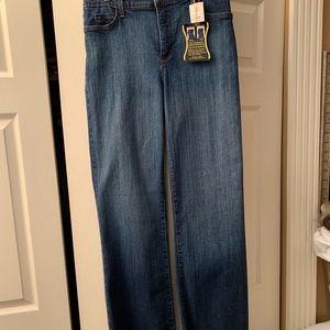 NWT NYDJ Medium Wash Jeans - Size 12